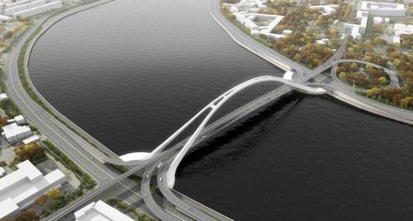 История с продолжением. В Смольном решили реанимировать проект Феодосийского моста, который должен соединить Смольную и Свердловскую набережные.