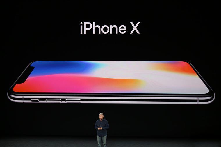 Apple презентовала обновленные модели телефонов iPhone